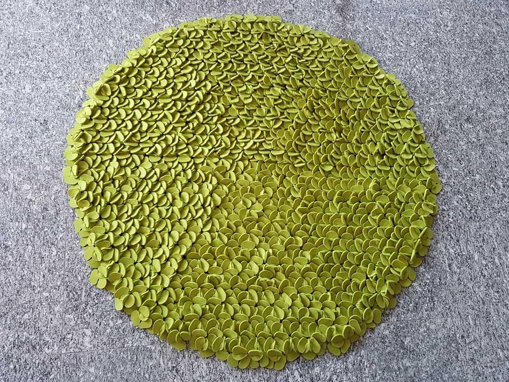 """""""Pflanze"""" pistazie, Merinofilz 5 mm, Ǿ 190 cm, 1500 €"""